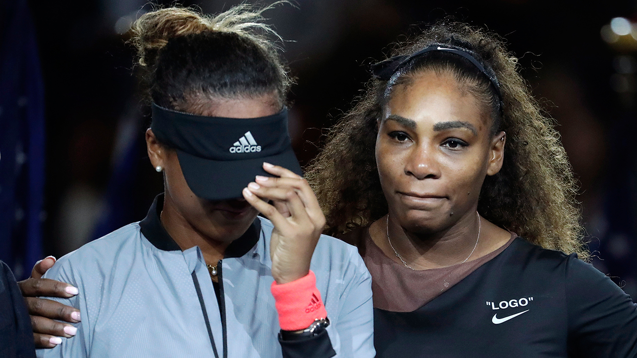 naomi-osaka-is-hugged-by-serena-williams