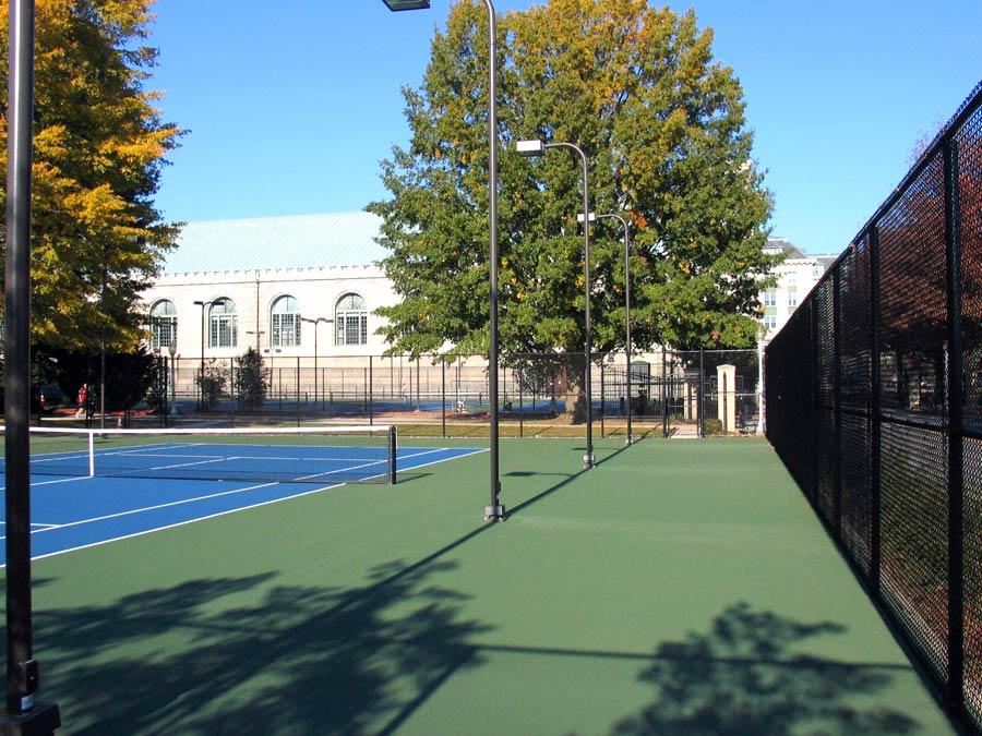 blue-tennis-court-Repair-Company