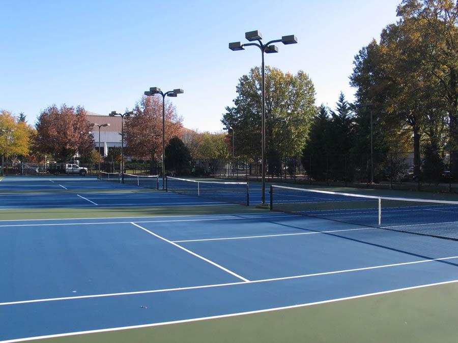 blue-tennis-court-repairs