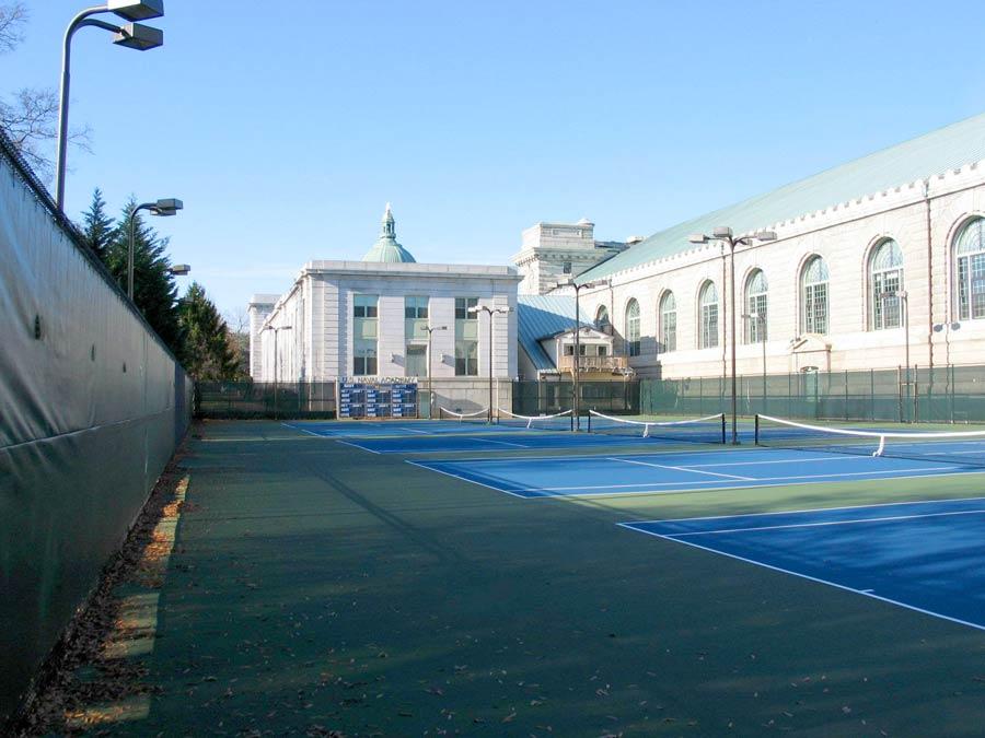 court-contruction-blue