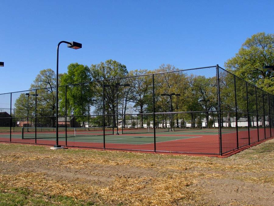 tennis-court-fence-repair