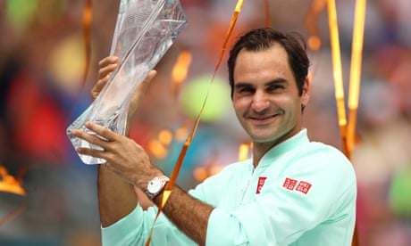 GUARDIAN TENNIS: Roger Federer beats hobbled John Isner at Miami Open for 101st career title