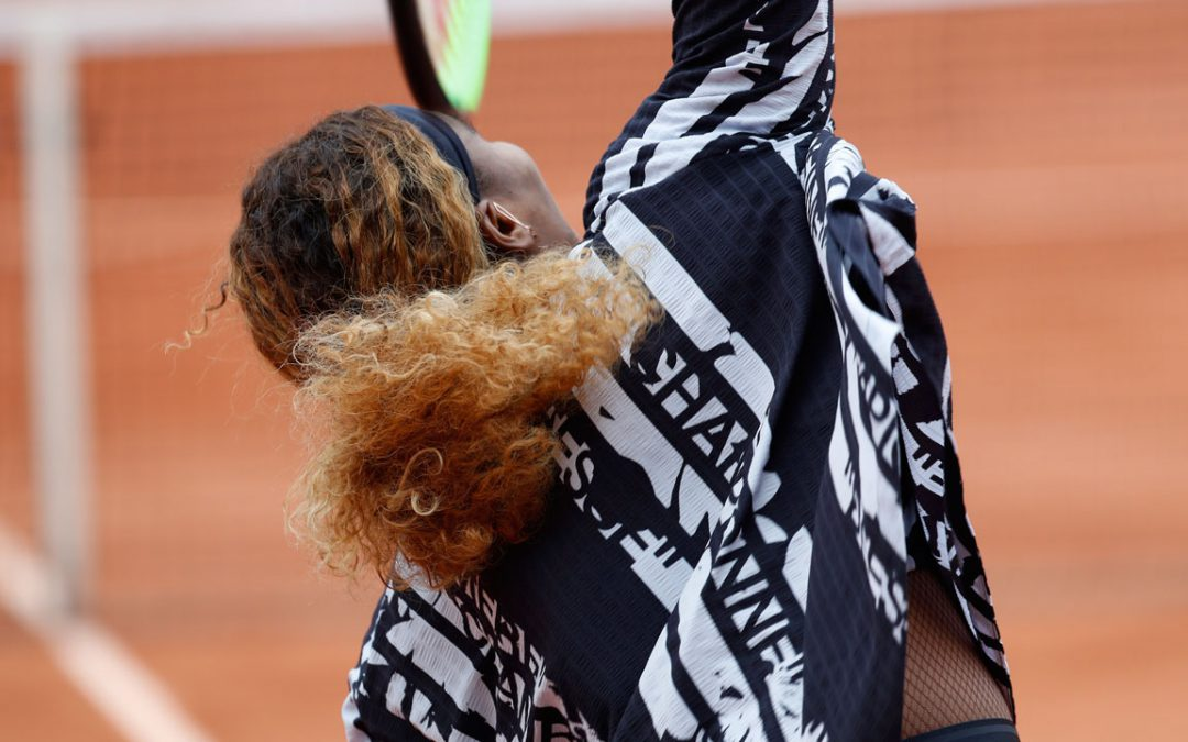 SPORTSNET TENNIS: Serena Williams' French Open warmup jacket is fit for a 'queen'